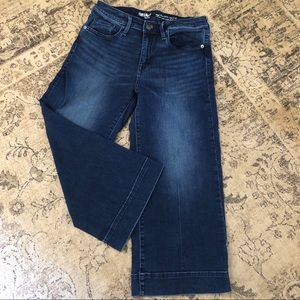 Mossimo Wide-legged Cropped Jean Pant Size 4